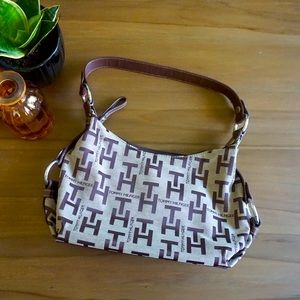 Tommy Hilfiger shoulder bag in perfect condition